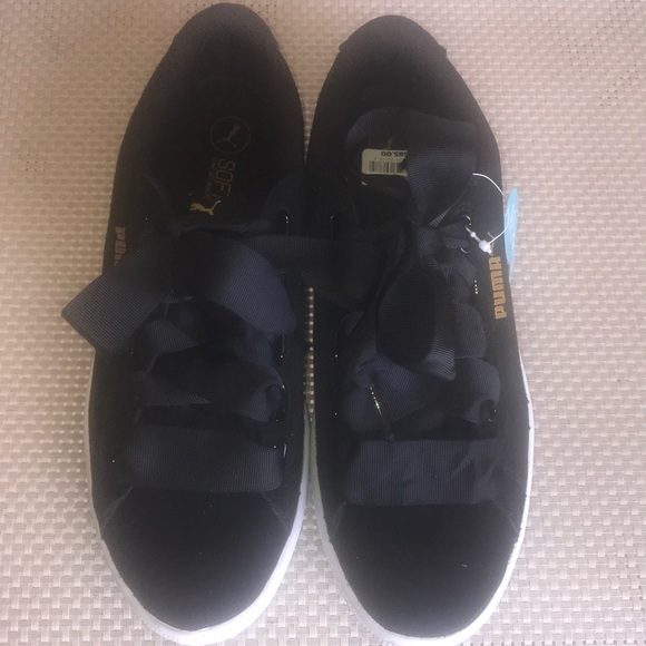 67fb09b2833 Women s black suede Puma Sneaker with gold letters